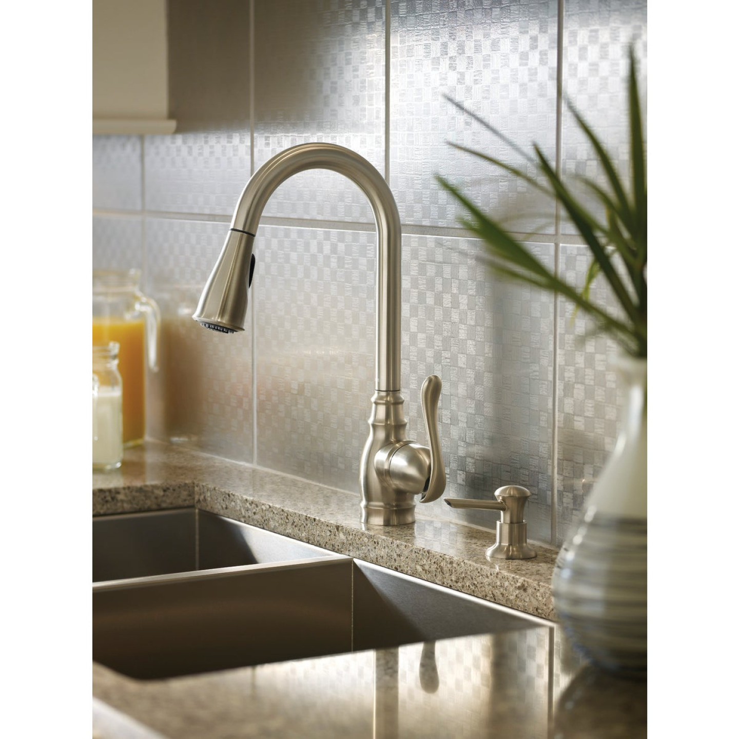 Moen Anabelle Single Handle Lever Pull-Down Kitchen Faucet with Soap Dispenser, Stainless Image 2